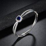 Blauer Stein-Form-Legierungs-Kupfer-wulstige Armband-Kristallschmucksachen