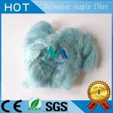 Polyester-Spinnfasern im Grün