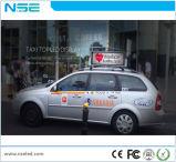 Da parte superior ao ar livre do táxi do diodo emissor de luz de Nse P3 indicador video