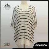 Maglione a strisce nero surdimensionato del breve manicotto del V-Collo per le donne
