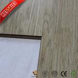 Petit plancher gravé en relief de stratifié de bois dur de 12mm