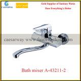 Misturador sanitário da água da cozinha dos mercadorias da única alavanca