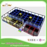Corte di pallavolo gonfiabile di promozione varia di disegni con il trampolino per gli adulti
