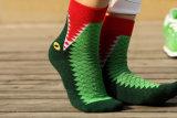 Übertreibung-helle Farbepatten-Kleid-Socke