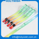 Bracelets personnalisés polychromes d'entrée de tissu de constructeur de bracelet