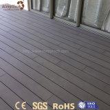 Panneau composé en bois extérieur des couleurs facultatives modernes WPC pour le plancher
