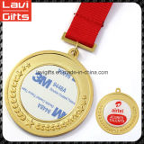 卸し売り一義的で安い亜鉛合金の印刷のステッカーが付いているカスタムクラフト3Dの円形の昇進の記念品のスポーツ賞の金の金属のスポーツのブランクメダルはロゴを挿入する