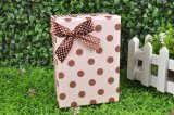 나비 넥타이를 가진 고품질 마분지 축제 선물 상자