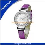 Neue Form-Kristallentwurfs-Frauen-Uhr-heiße verkaufenform-Uhr