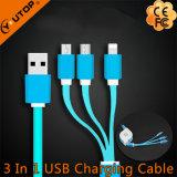 Tres calientes en un cable retractable del USB con velocidad rápida