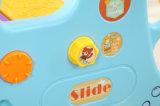 لون ساطعة بلاستيكيّة منزلق لعبة مع أرجوحة لأنّ طفلة ([هبس17025ا])