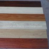 La surface gaufrée matériau PVC le plancher en bois