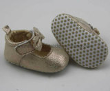 Goldmaterial-und -Bowknot-Babyschuhe Ws1123
