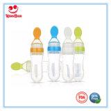 botellas que introducen de la leche del silicón 90ml con la cuchara para el bebé que introduce