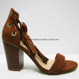 Сандалия вкладыша пяты нового способа женщин конструкции высокая с пальцем ноги щели