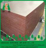 el negro de 18m m y la película de Brown hicieron frente a la madera contrachapada para la construcción
