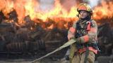 Normex Armide Kelvar смежного с резьбой для пожарных истребитель надевать защитную обувь защитные износ и отрежьте защитные перчатки Bullet доказательства Майка Self-Extinguish корпус из негорючего материала