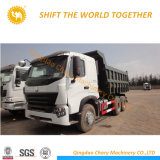 Sinotruk 8*4 12wheels의 HOWO 덤프 트럭 팁 주는 사람 쓰레기꾼 트럭