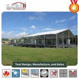 Im Freienhochzeits-Zelt mit Fußboden-justierbarem Stützsystem