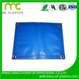上塗を施してある防水シートを支持するHDPE/PE/PVC