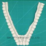 Mode féminine broderie motif dentelle de coton de cou le collier de la décoration