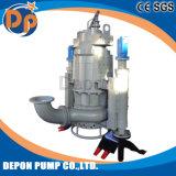 Sotto la pompa sommergibile dei residui dell'acqua di profondità