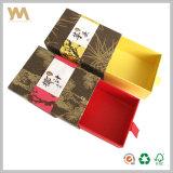 Rectángulo de la cubierta de la joyería de la cartulina y del papel especial