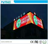 El panel al aire libre fijo de la tablilla de anuncios de LED de la instalación de P10mm LED