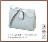 서류상 쇼핑 백을을%s 가진 인쇄하는 풀 컬러는 로고를 돋을새김한다