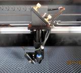 切断の彫版木ガラスのための9060のレーザーの打抜き機