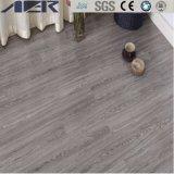 Belüftung-Luxuxvinylwasserdichten selbstklebenden Fußboden allgemein verwenden