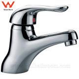 Robinet en laiton de filigrane sanitaire d'articles de mélangeur de bassin de Wels de fini du chrome HD6070