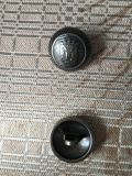 Simple Logo Alliage de zinc métal Coudre le bouton de queue de fixation pour enduire