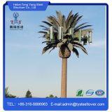 先を細くされたごまかされた望遠鏡アンテナヤシの木の電気通信のマストタワー