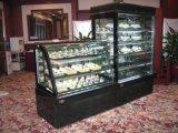 Escaparate de cristal comercial del refrigerador de la torta