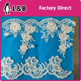 Guarnição nupcial frisada elegante do laço da forma para a decoração