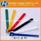 Cualquier color y tamaño en el dorso de bridas de Velcro para cables