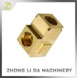As peças de usinagem de latão usinado de latão Conector de Três Vias