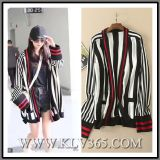 2017 Herbst-Winter-Dame Fashion Clothes Knitted Striped Wolljacke-Strickjacke