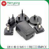 Multi заряжатель USB перемещения держателя 5V 2A стены штепсельных вилок AC всеобщий