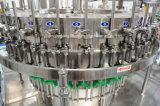 満ちる小さい炭酸水・の炭酸塩化された飲み物機械を作る