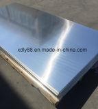 Hoja de aluminio usada en cabinas de los muebles