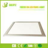 Pantalla plana ahuecada ultra fina montada superficial del panel 600*600 LED de la luz de techo del LED LED