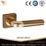 Moulage de zinc haute précision sur la poignée de verrouillage de porte Rose (Z6102)