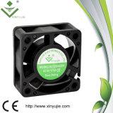 pales de ventilateur axiales en plastique de 5V 12V 24 volts refroidissant le moteur de ventilateur de C.C