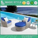 Sofà di vimini esterno impostato con il poggiapiedi di tessitura di vimini del sofà del giardino del sofà di svago del patio dell'ammortizzatore sofà di vimini del rattan del singolo