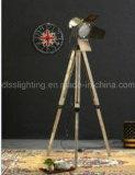 Illuminazione economizzatrice d'energia dell'annata di stile di fotographia di figura della lampada diritta creativa industriale del treppiedi