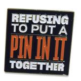Il nero del metallo della fabbrica dell'OEM possiede il Pin morbido del risvolto dello smalto di marchio (XD-0707-17)