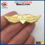 Custom 3D 2D de las alas de piloto en forma de corazón insignia de solapa