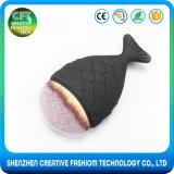 Balai en nylon de renivellement de forme de poissons de l'aperçu gratuit 1PCS